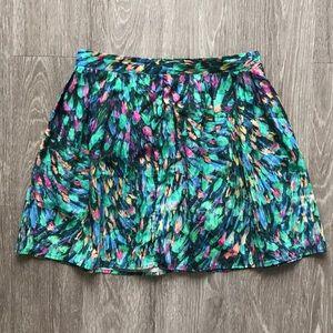 Floral flowy mini skirt